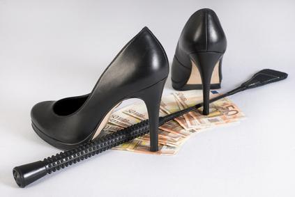 Geldsklave und Geldherrin
